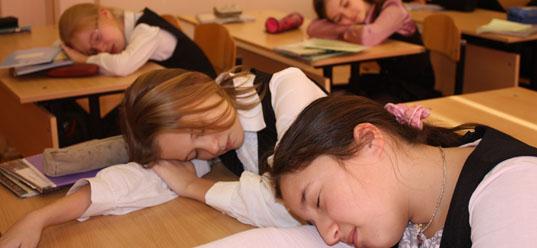 Президент Беларуси порекомендовал сместить начало первого урока
