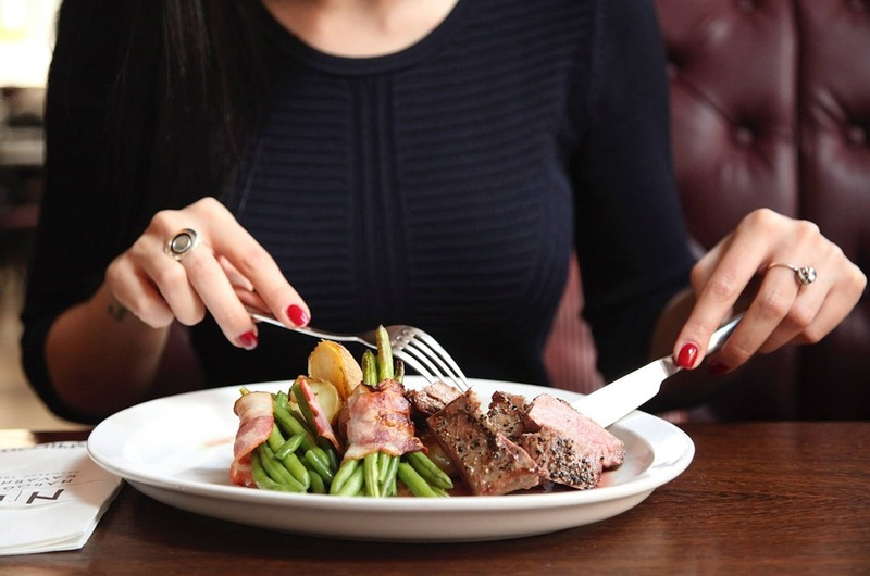 business lunch dating site Just lunch dating site it's just lunch reviews: just lunch dating site and while online dating sites leave the work to you, the it's just lunch matchmaking team not only selects your matches but also coordinates the entire date sofaqs cities dating dating stats.