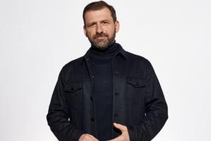 Игорь Рыбаков передал своей родной школе миллион долларов