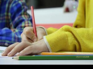 Норвегия и Дания откроют детские сады и начальную школу
