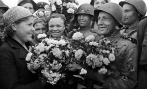 Перестал ли День Победы быть «праздником сослезами наглазах»?