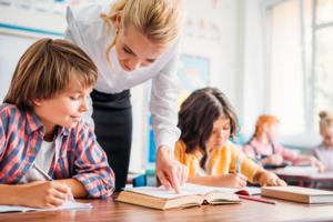 Учителя-наставники иучителя-методисты. Какие новые должности появятся в школах?