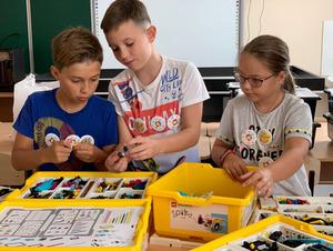 Больше красок, меньше страхов: первый опыт работы с LEGO SPIKE Prime на уроках робототехники