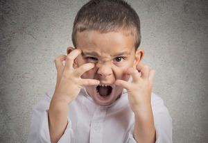 Как справиться с агрессивным поведением ребёнка в школе: опыт учителя