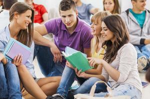 Минобрнауки хочет снизить кадровый дефицит в школах: на подготовку педагогов в вузах выделено рекордное количество мест