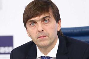 Кравцова уличили в ошибке: децентрализация не вредит образованию