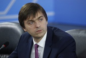 Кравцов обещает, что воспитательная работа в школах не будет связана с идеологией