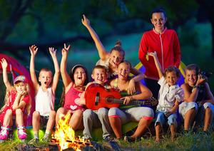 Роспотребнадзор хочет смягчить ограничения для детских летних лагерей, введённые из-за пандемии
