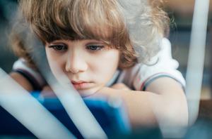 Штрафы за нарушение обязанностей по воспитанию детей хотят повысить в десять раз