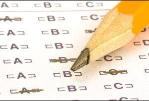 Рособрнадзор проконтролирует количество контрольных работы в школах: оставят только необходимые