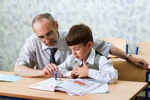 Исследование: чем старше ребенок, тем больше денег тратят на его занятия с репетиторами