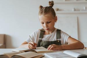 Минпросвещения разработало новый школьный курс пообществознанию