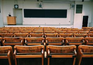 ВРоссии вырос спрос наплатное образование вколледжах