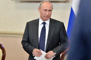 Путин поручил внедрить единый подход против терроризма в школах